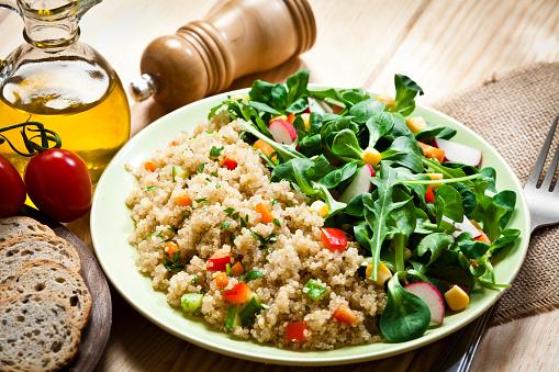 Low Carb Diet「Quinoa salad plate」:スマホ壁紙(15)