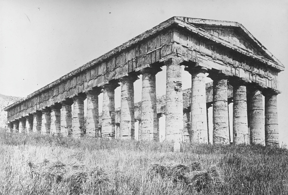 Spencer Arnold Collection「Doric Temple」:写真・画像(15)[壁紙.com]