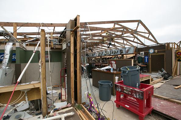 Jessica McGowan「23 Killed As Tornadoes Sweep Across Southeast Causing Widespread Damage」:写真・画像(12)[壁紙.com]
