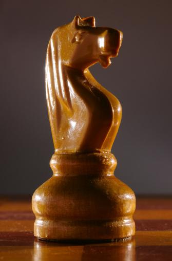 Battle「low key aged chess knight」:スマホ壁紙(18)