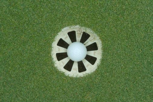 Putting - Golf「In the Hole」:スマホ壁紙(17)
