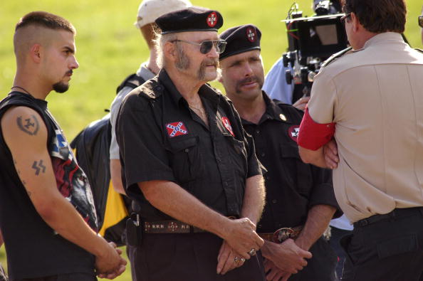 Beret「American Nazi Party Holds Rally At Valley Forge」:写真・画像(8)[壁紙.com]