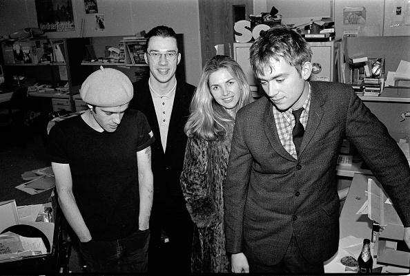 NME Magazine「Richey Edwards Mark Lamarr Sarah Cracknell Damon Albarn NME Office 1992」:写真・画像(4)[壁紙.com]