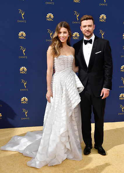 Shawl Collar「70th Emmy Awards - Arrivals」:写真・画像(11)[壁紙.com]