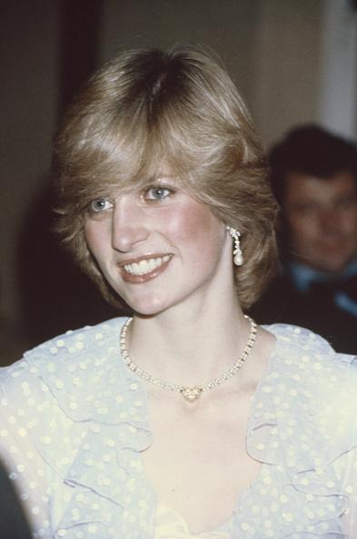 Necklace「Princess Of Wales」:写真・画像(5)[壁紙.com]