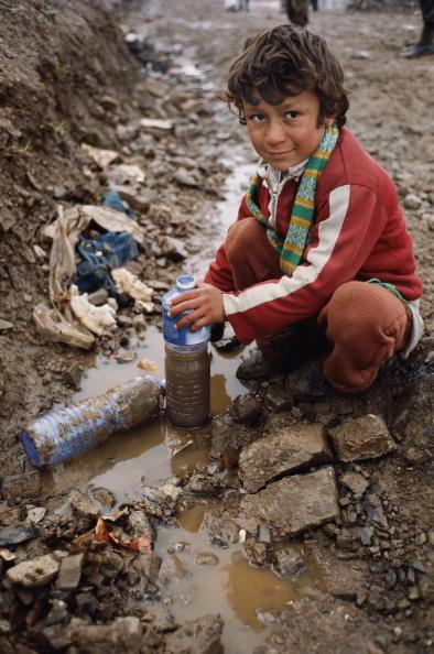Tom Stoddart Archive「Refugee Boy」:写真・画像(17)[壁紙.com]