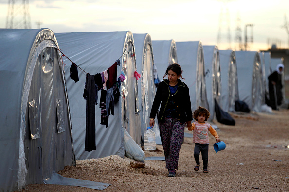 Displaced Persons Camp「Syrian Kurds Battle IS To Retain Control Of Kobani」:写真・画像(14)[壁紙.com]