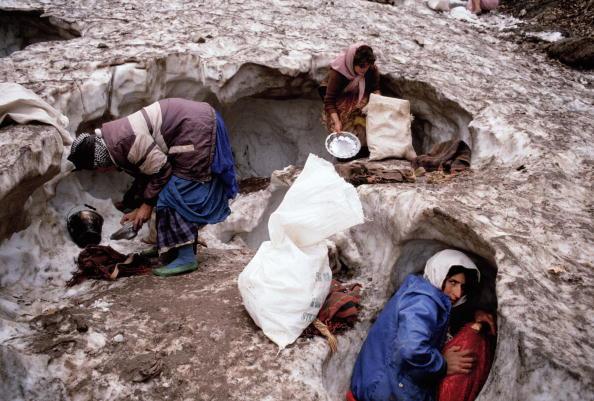 Tom Stoddart Archive「Collecting Ice」:写真・画像(5)[壁紙.com]