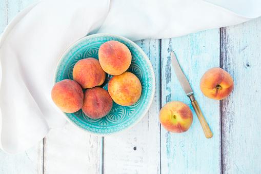 Peach「Bowl of peaches」:スマホ壁紙(10)