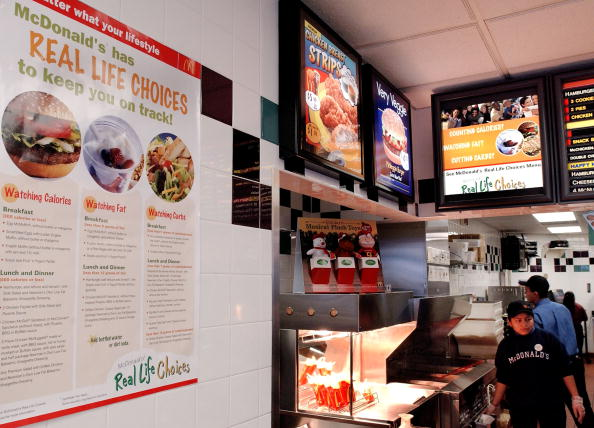 Salad「McDonalds Offers Real Life Choices Diet In New York City」:写真・画像(4)[壁紙.com]