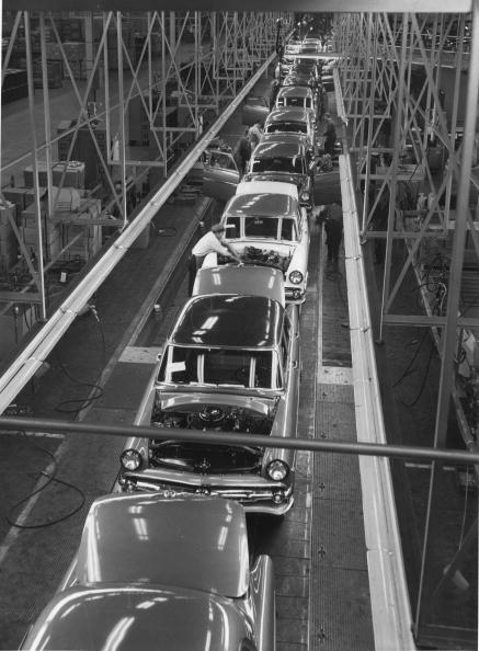 Production Line「Ford Factory」:写真・画像(12)[壁紙.com]