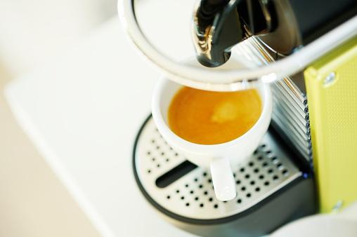 Coffee Break「Making Espresso Coffee」:スマホ壁紙(15)
