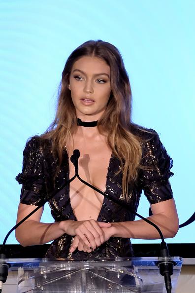 Award「The Daily Front Row's 4th Annual Fashion Media Awards - Inside」:写真・画像(9)[壁紙.com]