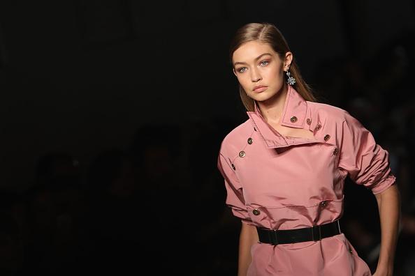 ボッテガ・ヴェネタ「Bottega Veneta - Runway - Milan Fashion Week SS17」:写真・画像(11)[壁紙.com]