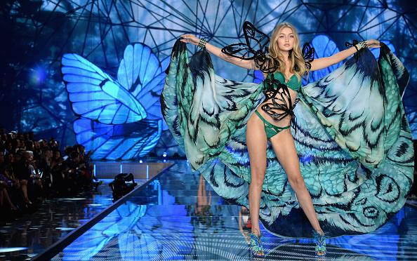 Victoria's Secret Fashion Show「2015 Victoria's Secret Fashion Show - Show」:写真・画像(19)[壁紙.com]
