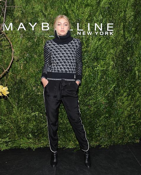 縦位置「Maybelline New York Celebrates Fashion Week」:写真・画像(5)[壁紙.com]