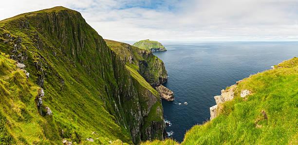 Scotland St Kilda sea cliffs Western Isles panorama:スマホ壁紙(壁紙.com)