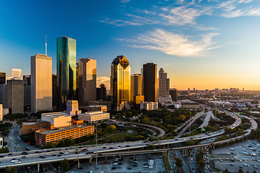 Gulf Coast States「Houston Downtown Aerial at Sunset, Angled View with Highway」:スマホ壁紙(10)