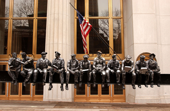 """Empire State Building「""""Lunchtime"""" Sculpture Inspires Ground Zero Workers」:写真・画像(12)[壁紙.com]"""