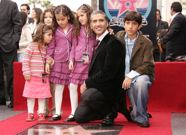 Hollywood - California「Alejandro Fernandez Honored With A Star On The Walk Of Fame」:写真・画像(12)[壁紙.com]