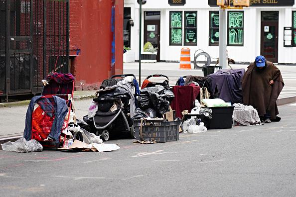 Homelessness「Daily Life In New York City Amid Coronavirus Outbreak」:写真・画像(16)[壁紙.com]
