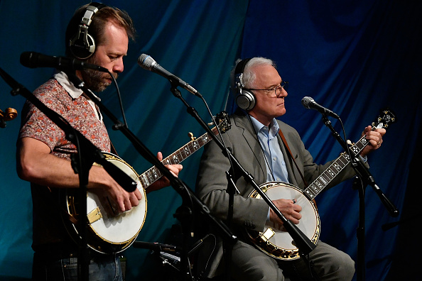 SIRIUS XM Radio「Steve Martin And The Steep Canyon Rangers Perform On SiriusXM's Bluegrass Junction Channel From The SiriusXM Studios In Washington D.C.」:写真・画像(7)[壁紙.com]