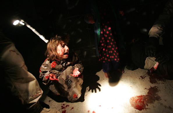 Chris Hondros「U.S. Troops Mistakenly Kill Iraqi Civilians」:写真・画像(18)[壁紙.com]
