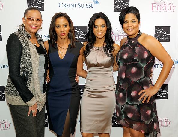 プレーする「Saks Fifth Avenue And Off The Field Players' Wives Association Host Charitable Fashion Show」:写真・画像(4)[壁紙.com]