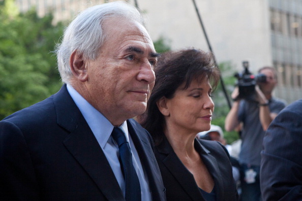 Andrew Burton「Dominique Strauss-Kahn Appears At Arraignment Hearing In Sexual Assault Case」:写真・画像(4)[壁紙.com]