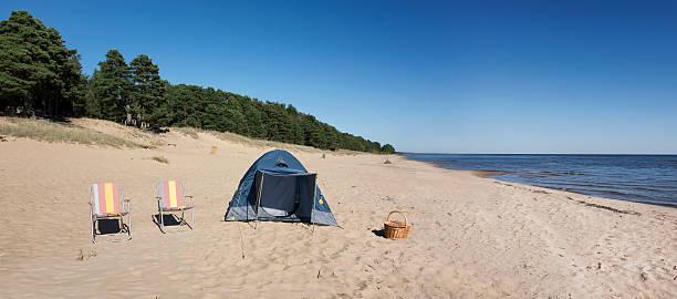 Estonia, two folding chairs and a tent on Kauksi beach at Lake Peipus:スマホ壁紙(壁紙.com)