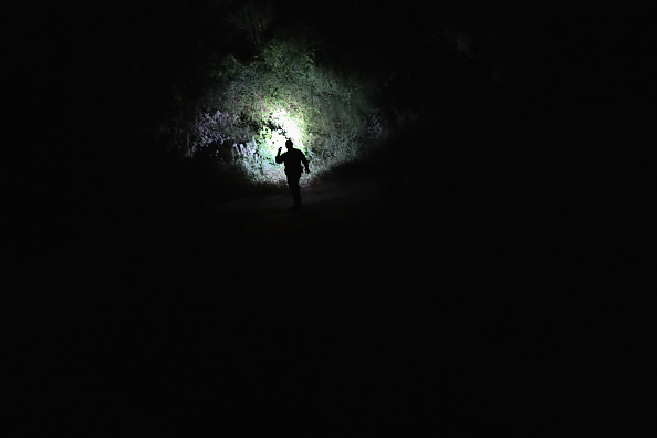 Southern USA「U.S. Border Agents Pursue Human And Drug Smugglers Near Mexican Border」:写真・画像(2)[壁紙.com]