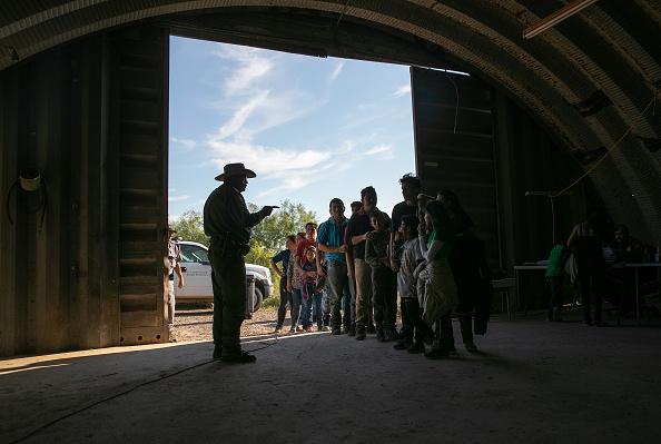 Border Patrol「U.S. Border Agents Patrol The Rio Grande Valley In Texas」:写真・画像(19)[壁紙.com]