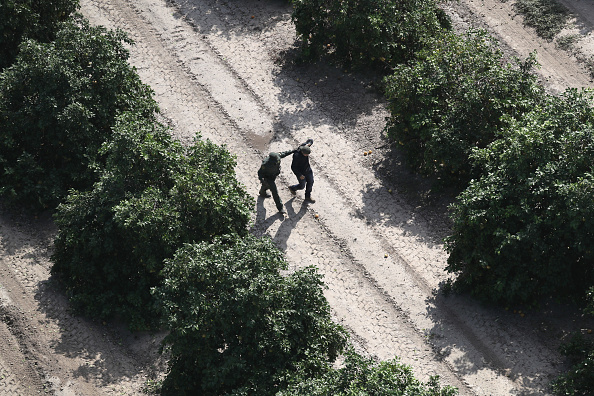 Grove「CBP Conducts Helicopter Patrols Of U.S. - Mexican Border」:写真・画像(10)[壁紙.com]