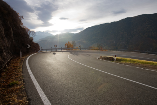 Hairpin Curve「Very curvey road」:スマホ壁紙(5)