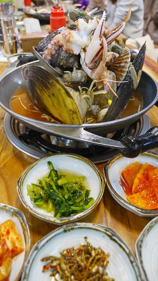 済州島「Fresh and alive dish seafood from Jeju island, sou」:スマホ壁紙(19)