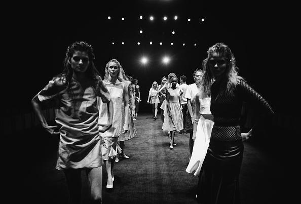 Atmosphere「An Alternative View Of Mercedes-Benz Fashion Week Australia 2015」:写真・画像(11)[壁紙.com]
