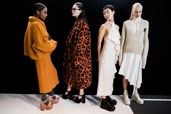 Fashion「Rochas : Backstage - Paris Fashion Week Womenswear Fall/Winter 2020/2021」:写真・画像(12)[壁紙.com]