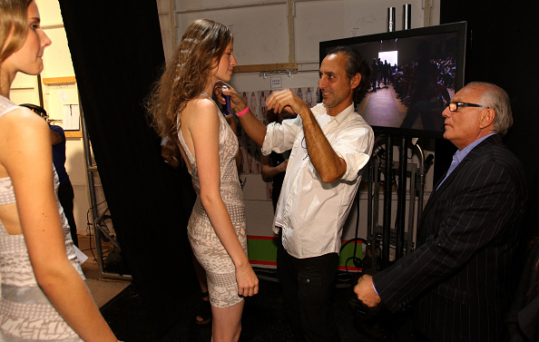 Atmosphere「Herve Leger - Backstage - Spring 2010 MBFW」:写真・画像(5)[壁紙.com]