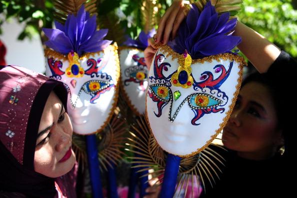 Octopus「Revellers Gather For Jember Fashion Carnival」:写真・画像(11)[壁紙.com]