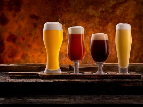 盆「Beer Samplers」:スマホ壁紙(18)