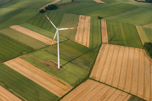 Wind Turbine「Germany, Rhineland-Palatinate, Eifel, aerial view of fields landscape」:スマホ壁紙(1)
