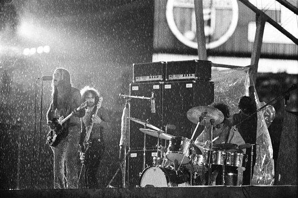 雄大「Grand Funk Railroad Playing In Heavy Rain At Korakuen Stadium」:写真・画像(15)[壁紙.com]