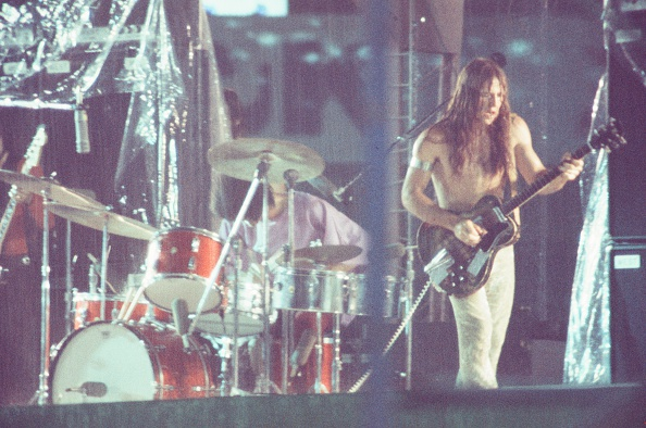 Torrential Rain「Grand Funk Railroad Legendary Live At Korakuen Stadium Hit By Torrential Rain」:写真・画像(19)[壁紙.com]