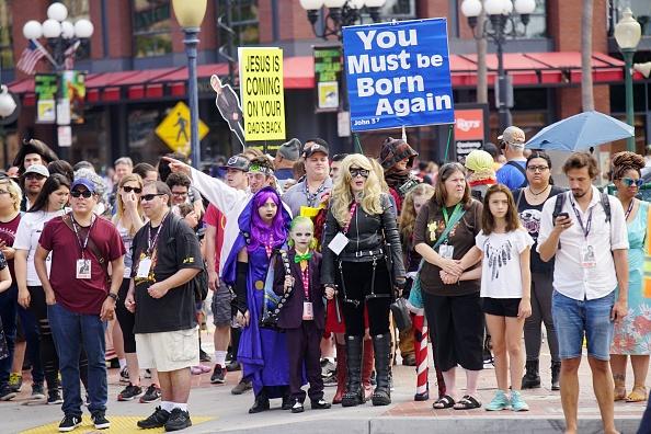 ヒューマンインタレスト「Comic Con In San Diego Draws Costumed Fans To Annual Convention」:写真・画像(9)[壁紙.com]