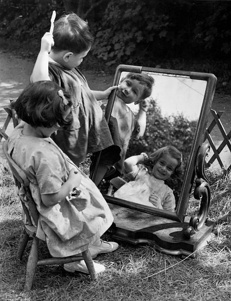 Fred Morley「Toddler Grooming」:写真・画像(5)[壁紙.com]