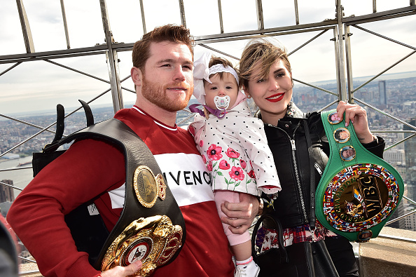 Saul Alvarez「Empire State Building Hosts Boxing Champs Canelo Alvarez And Rocky Fielding」:写真・画像(8)[壁紙.com]