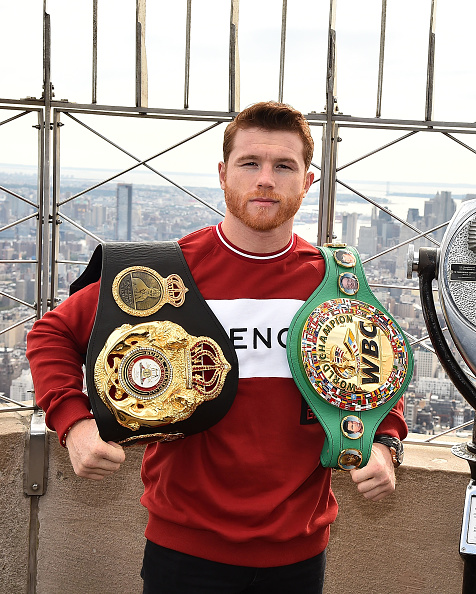 Saul Alvarez「Empire State Building Hosts Boxing Champs Canelo Alvarez And Rocky Fielding」:写真・画像(9)[壁紙.com]