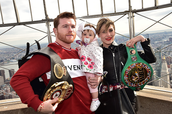 Saul Alvarez「Empire State Building Hosts Boxing Champs Canelo Alvarez And Rocky Fielding」:写真・画像(14)[壁紙.com]