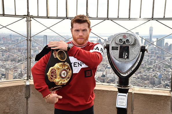 Saul Alvarez「Empire State Building Hosts Boxing Champs Canelo Alvarez And Rocky Fielding」:写真・画像(7)[壁紙.com]
