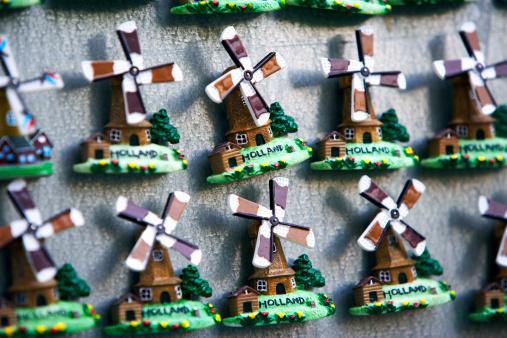 Netherlands「Holland, Amsterdam, Windmill fridge magnets, close-up」:スマホ壁紙(13)